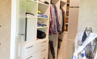 ankleidezimmer-garderobe-schreiner-tischler-13_thumb
