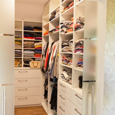 ankleidezimmer-garderobe-schreiner-tischler-14_thumb