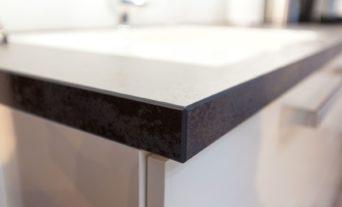 berbel-dunstabzug-kueche-weiss-gross-design-granit_029_th