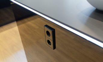 design-kueche-schwarz-hochglanz-exklusiv-led-miele-berbel-neff-54_thumb