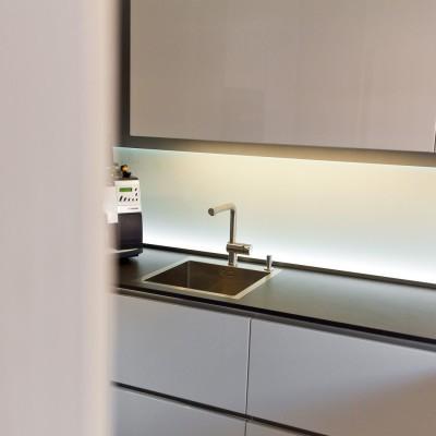 einbausp len aus naturstein keramik edelstahl oder. Black Bedroom Furniture Sets. Home Design Ideas