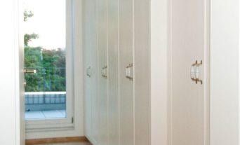 einbau-kleiderschrank-begehbarer-kleiderschrank-6