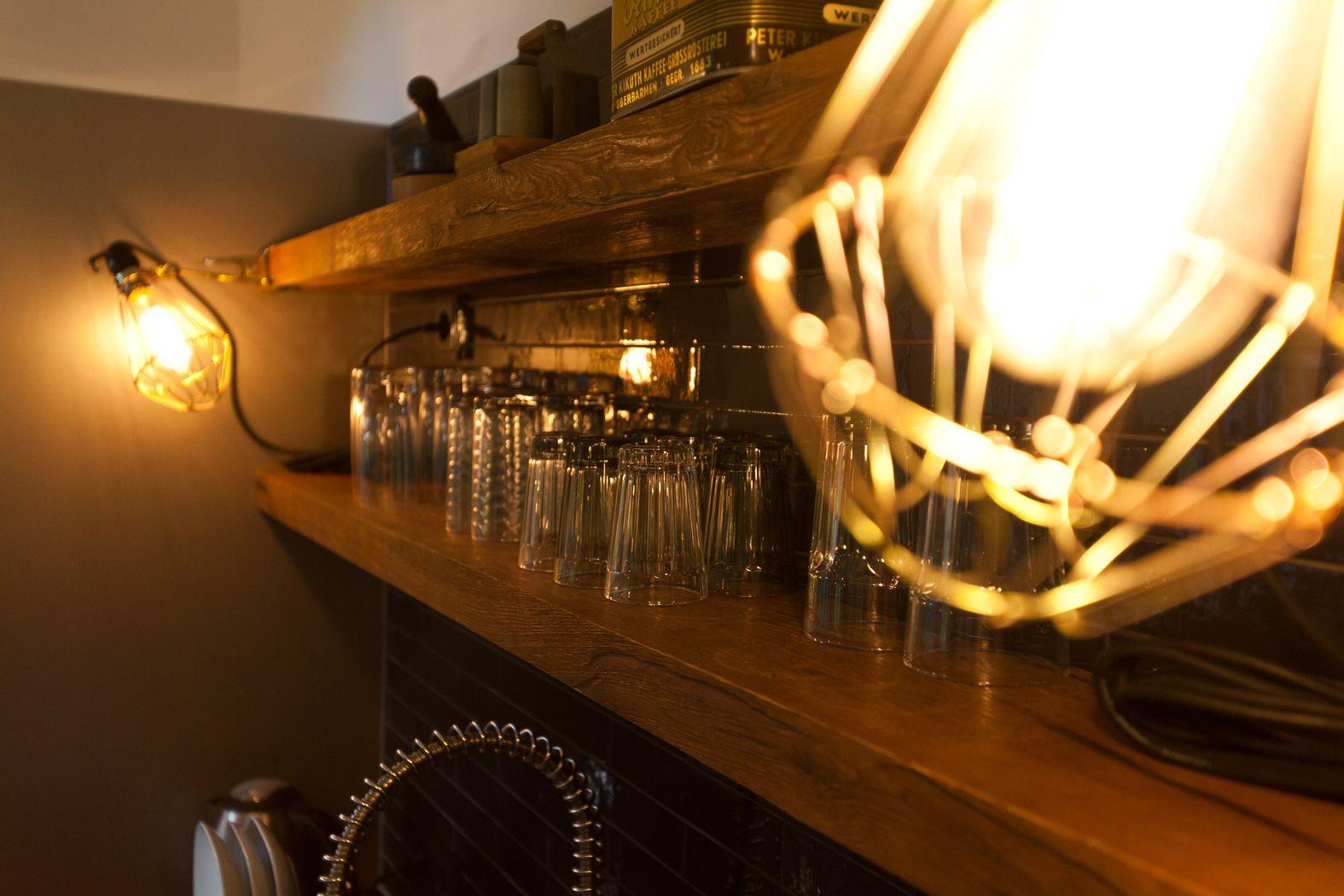k chenbeleuchtung das optimale licht und lampen f r die k che. Black Bedroom Furniture Sets. Home Design Ideas