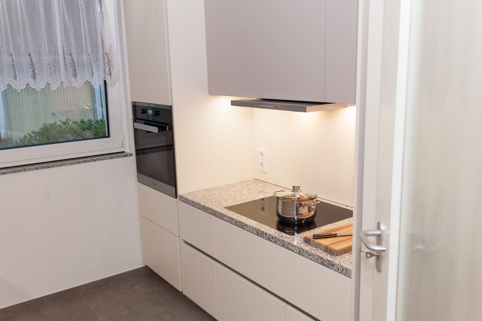 granit arbeitsplatten preise anziehende arbeitsplatte. Black Bedroom Furniture Sets. Home Design Ideas