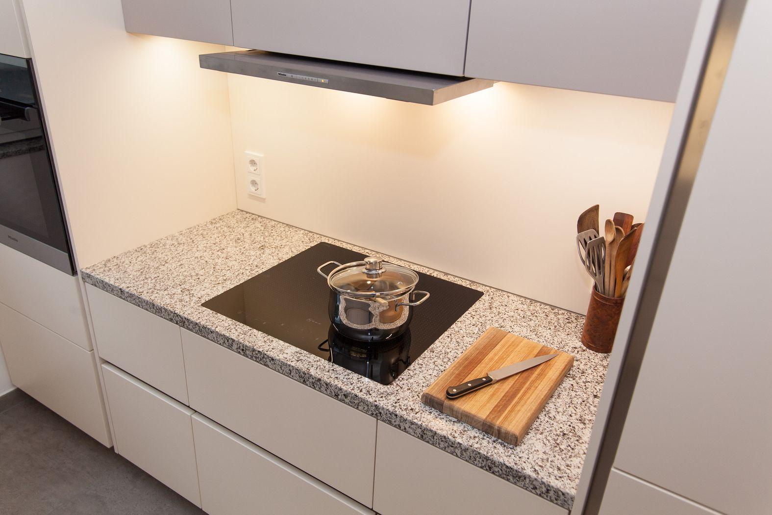 Küchenbeleuchtung arbeitsplatte  Küchenbeleuchtung: Das optimale Licht und Lampen für die Küche ...