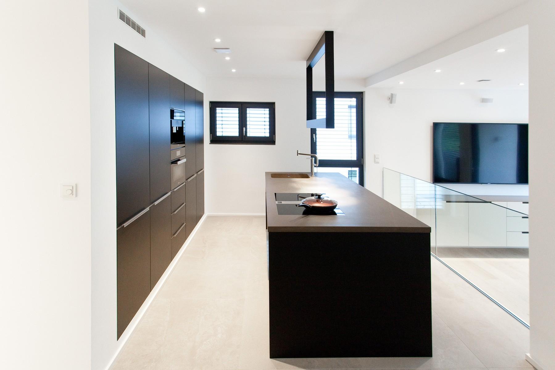 k chen arbeitsplatten f r individuelle hochwertige k chen thiemann. Black Bedroom Furniture Sets. Home Design Ideas