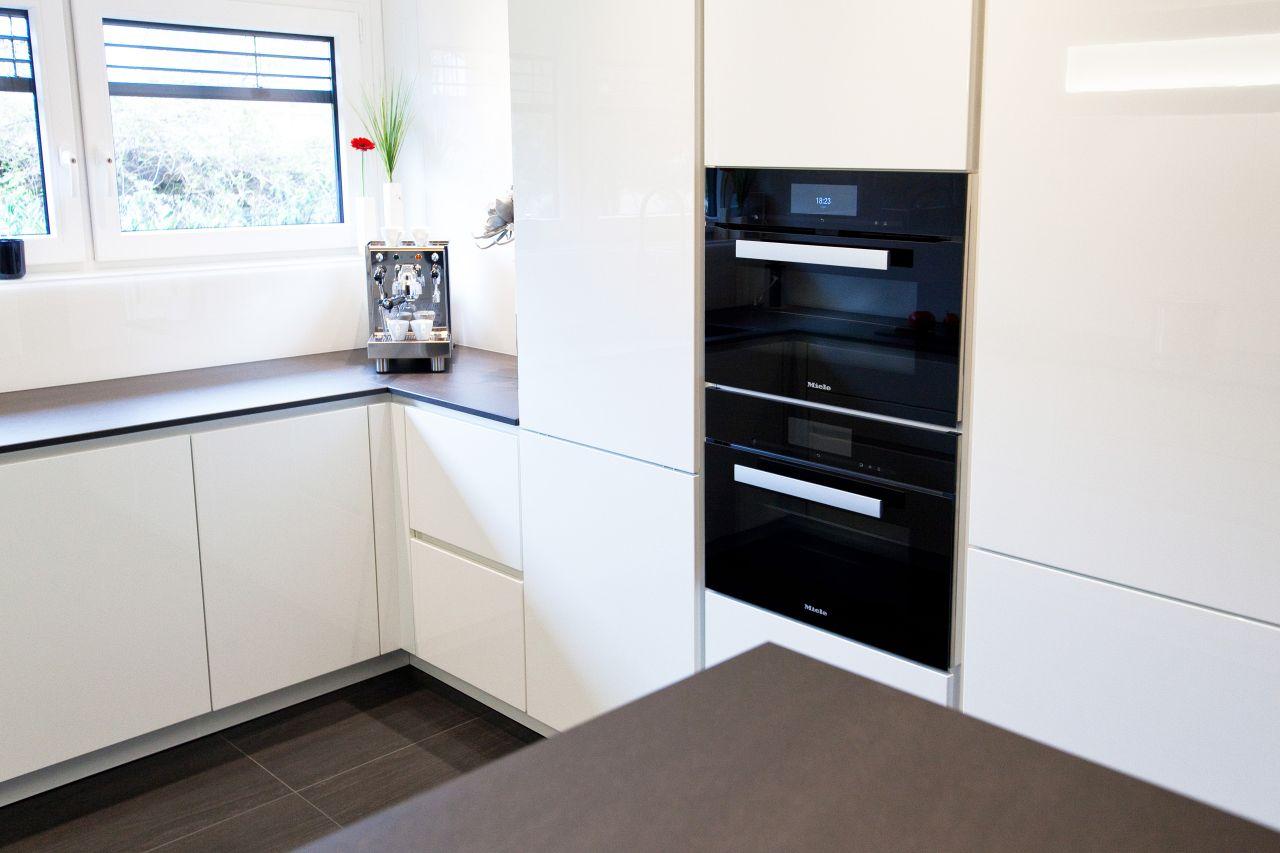 küche grifflos weiß hochglanz - küchenhaus thiemann overath/vilkerath - Küche Weiss Hochglanz