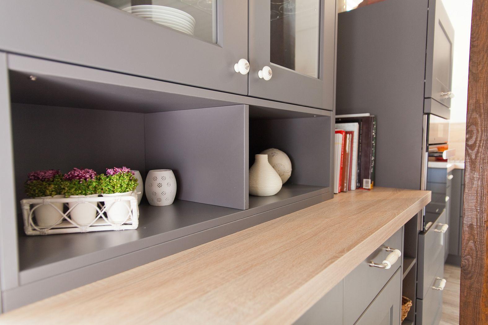 Küche Weiß Hochglanz Arbeitsplatte Holz