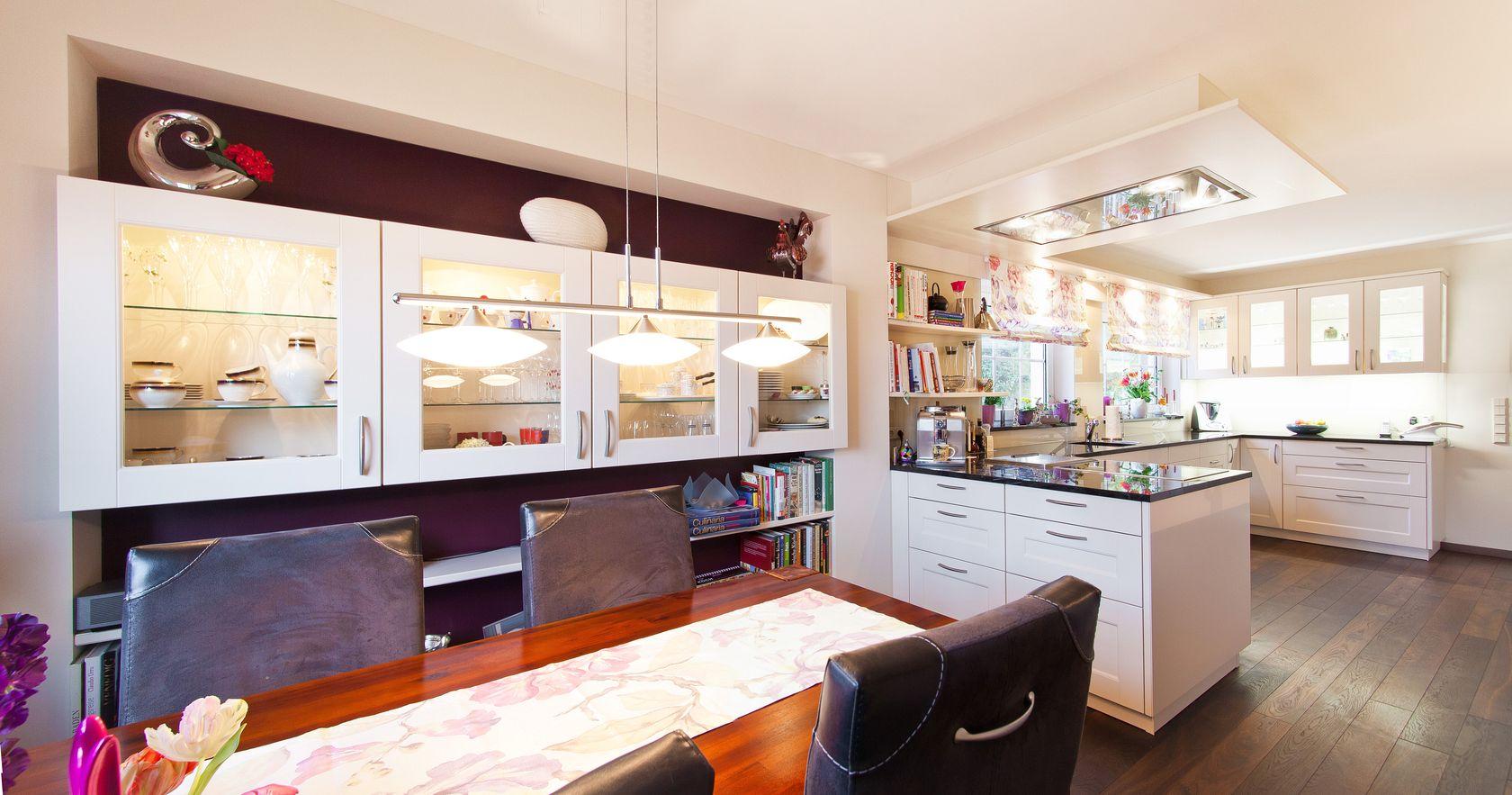 Landhaus weiss perfect large size of mit jetzt badezimmer - Wohnzimmer roller ...