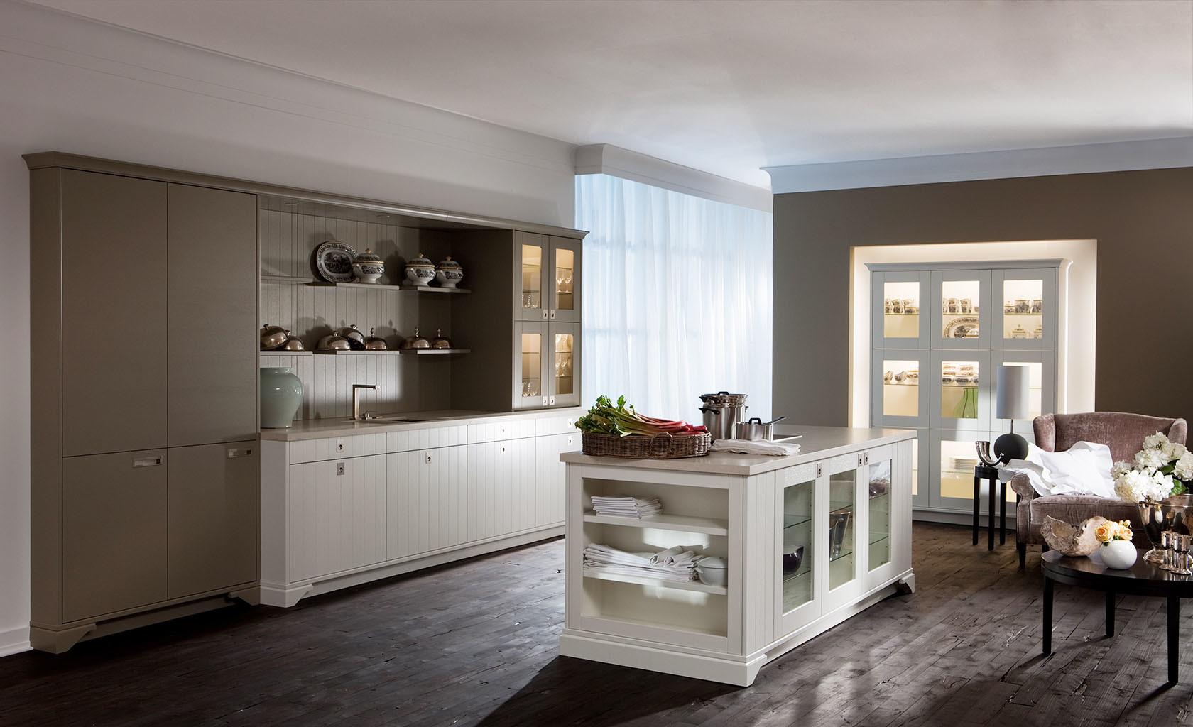 LEICHT Küchen bei Köln im Rheinland Einbauküchen-Spezialist Thiemann