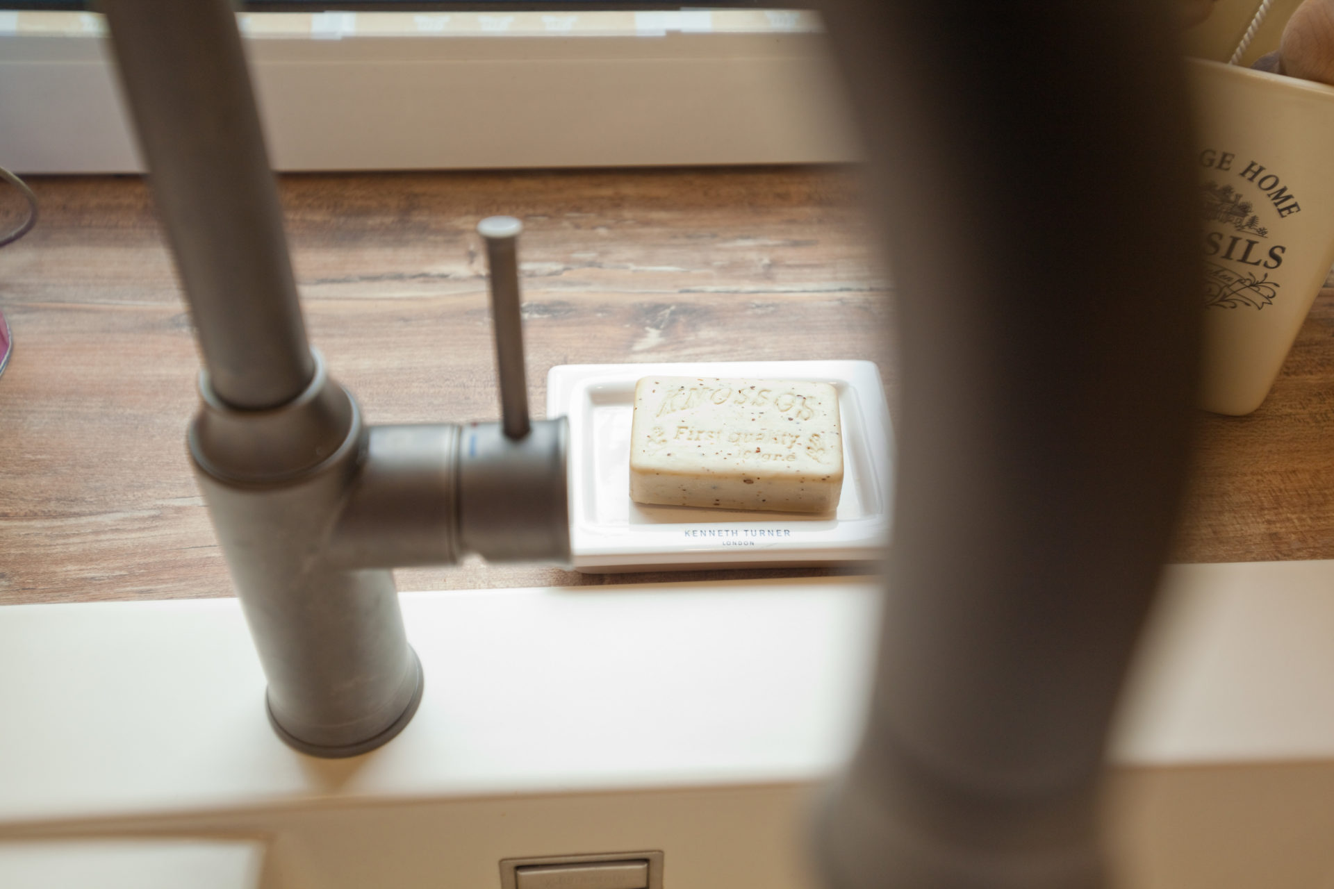 Moderne Landhauskueche Weiß Klassisch Holz Kueche Kochinsel Bora Neff 033