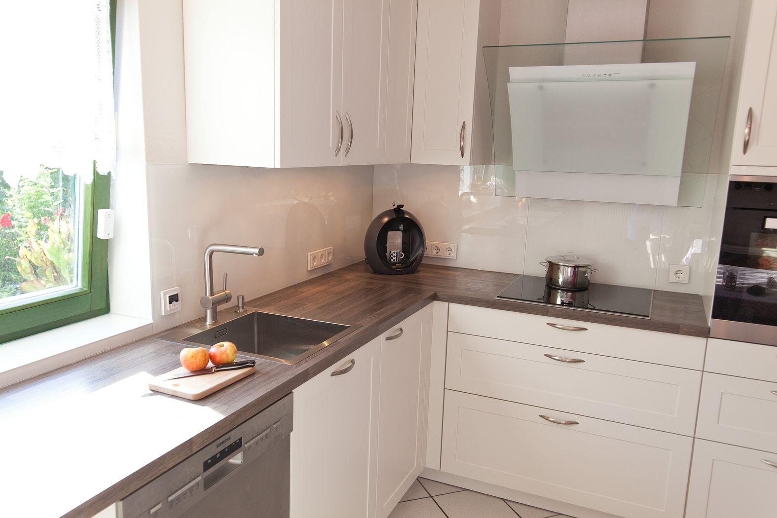 Moderne klassikküche mit holzarbeitsplatte   küchenhaus thiemann ...