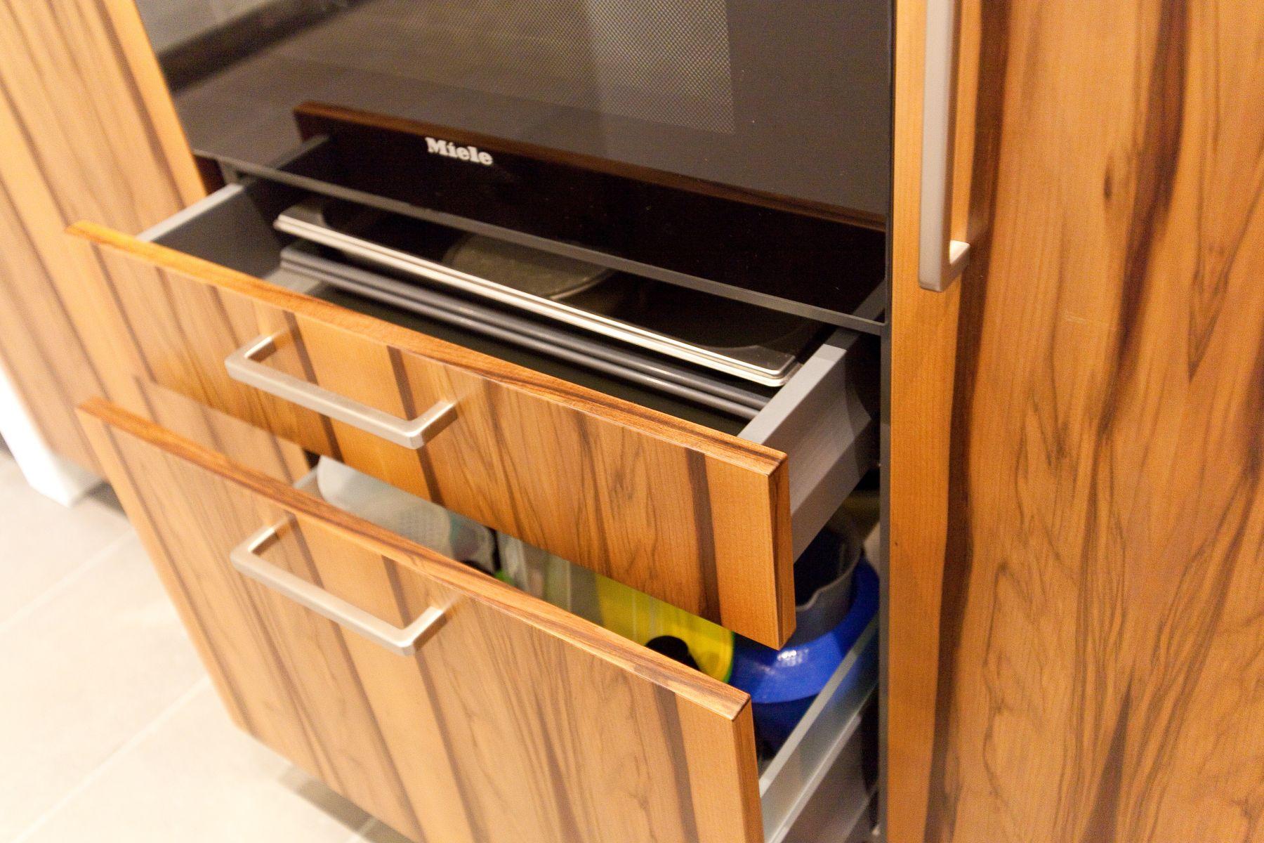 naturstein k che home design ideen. Black Bedroom Furniture Sets. Home Design Ideas