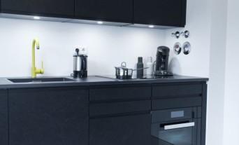 Schwarz, Das Neue Weiß U2013 Exklusive Schwarz Matt Küche Mit Osb, Wohnzimmer  Design