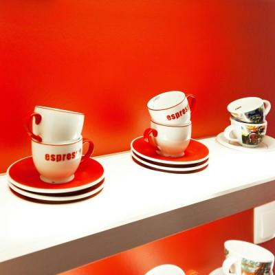 u-form-kueche-keramik-weiss-grifflos-modern-hell_4